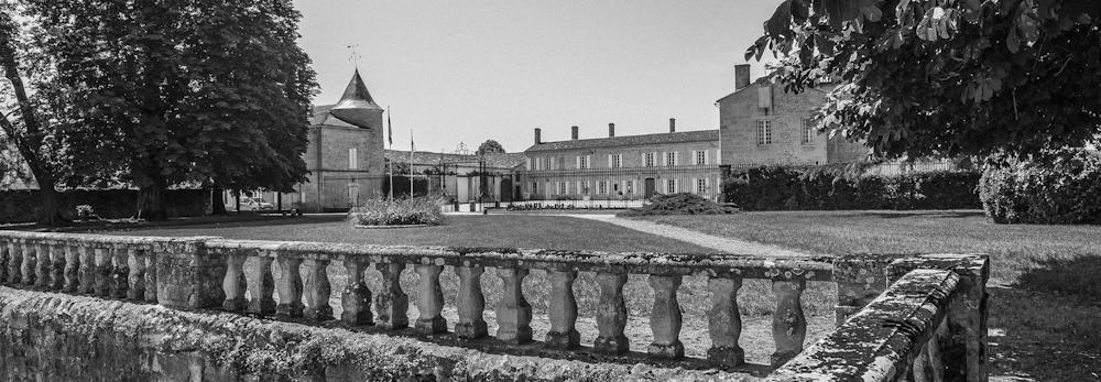 Vue du chateau de Portets
